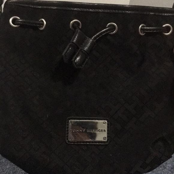 Tommy Hilfiger Handbags - TOMMY HILFIGER black cross body bag